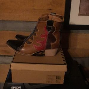 Shoes - Western Girl Boot